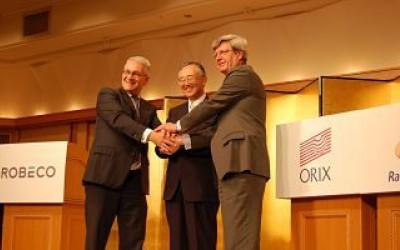 Roderick Munsters (Robeco), Makoto Inoue (Orix) en Piet Moerland (Rabo) in 2013