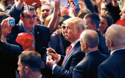 Donald Trump op campagne (op archiefbeeld)