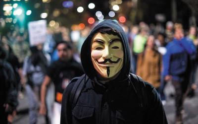 Lid van hackers-collectief Anonymous