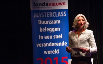 Anne Mieke van der Werf tijdens masterclass duurzaam beleggen