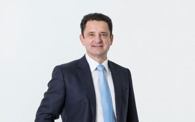 Alexander Schindler, Efama