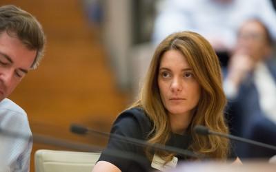 Geraldine Sundstrom, Pimco