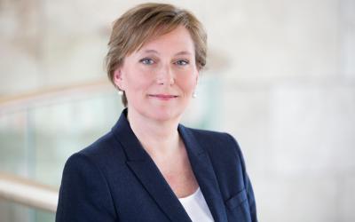 Yvonne Bakkum, Ontwikkelingsbank FMO
