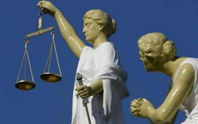 easy life, rechter, vonnis, claim, beleggingsfraude