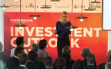 Barbara Baarsma tijdens Investment Outlook